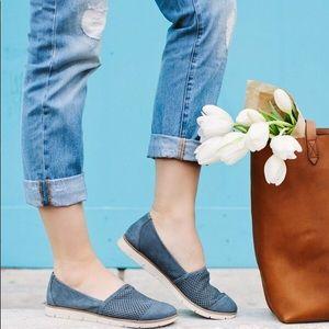 Naturalizer N5 Comfort Denim Ivan Nubuck Loafer